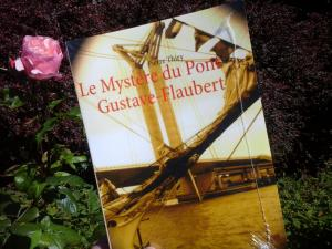 Cet été lisez Le Mystère du pont Gustave-Flaubert