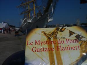 Tribulations d'une lectrice vous recommande Le Mystère du pont Gustave-Flaubert