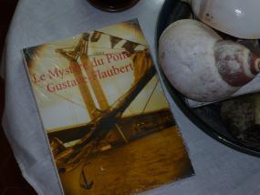 Il était un livre vous invite à lire Le Mystère du pont Gustave-Flaubert