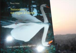 Les Bouquinautes vous invitent à lire SANSONNETS, UN CYGNE À L'ENVERS