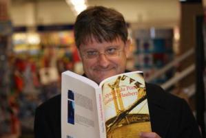 Paris-Normandie annonce la signature de Pierre Thiry du 25 Octobre 2014 à la librairie Colbert