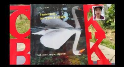 Invitation de Peggy, en vidéo, à lire SANSONNETS UN CYGNE À L'ENVERES